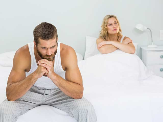 A couples disappointed because the man suffers from premature ejaculation